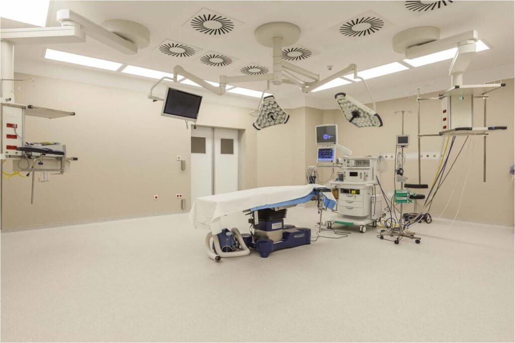 Новейшие операционные в больнице Коч университета